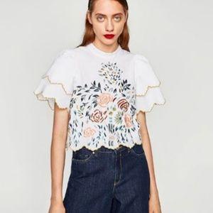 Zara Trafaluc White Top Embroidered sz S Blouse